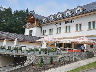 Horský hotel Remata terasa